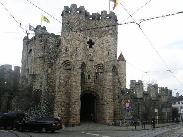 http://www.talusha1.narod.ru/travel/belgium/gent/pics/1_PICT0733.JPG