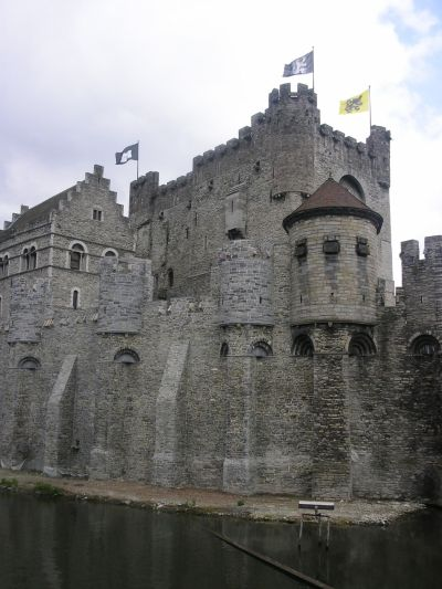 http://www.talusha1.narod.ru/travel/belgium/gent/pics/1_PICT0737_.jpg