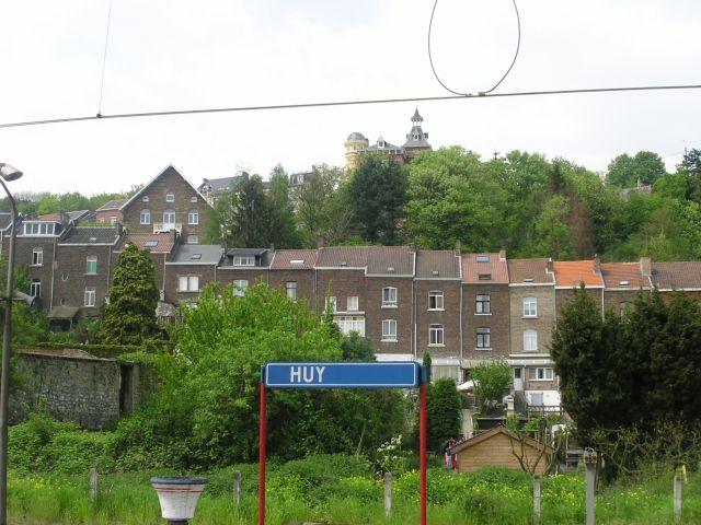 http://www.talusha1.narod.ru/travel/belgium/huy/pics/1_PICT1396.JPG