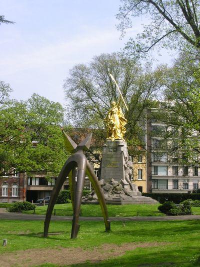 http://www.talusha1.narod.ru/travel/belgium/kortrijk/pics/1_PICT0906_.jpg