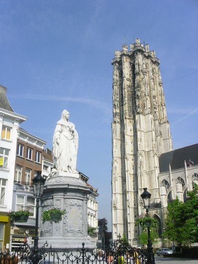 http://www.talusha1.narod.ru/travel/belgium/mechelen/pics/1_PICT1166_.jpg