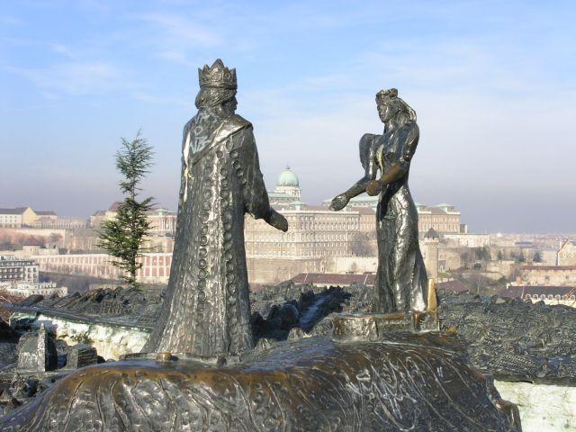 http://www.talusha1.narod.ru/travel/budapest/pics/citadel/PICT0730.jpg