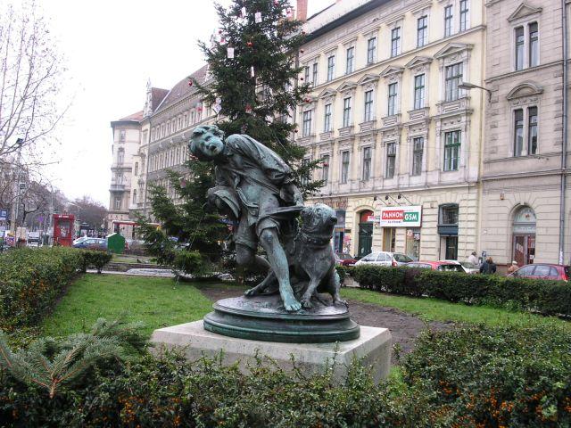 http://www.talusha1.narod.ru/travel/budapest/pics/pest/PICT0497.jpg