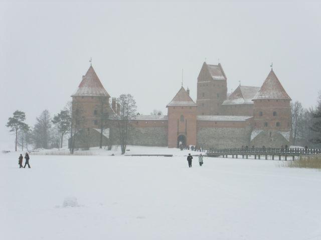 http://www.talusha1.narod.ru/travel/lithuania/pics/trakai/PICT0127.jpg