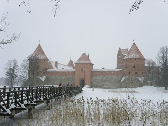 http://www.talusha1.narod.ru/travel/lithuania/pics/trakai/PICT0130.jpg