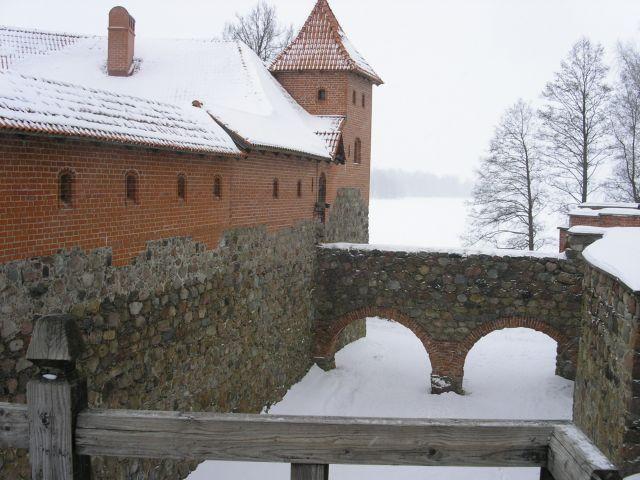 http://www.talusha1.narod.ru/travel/lithuania/pics/trakai/PICT0143.jpg